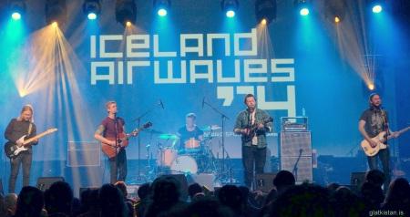 1860 Airwaves 2014