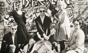 Risaeðlan 1984 (2)
